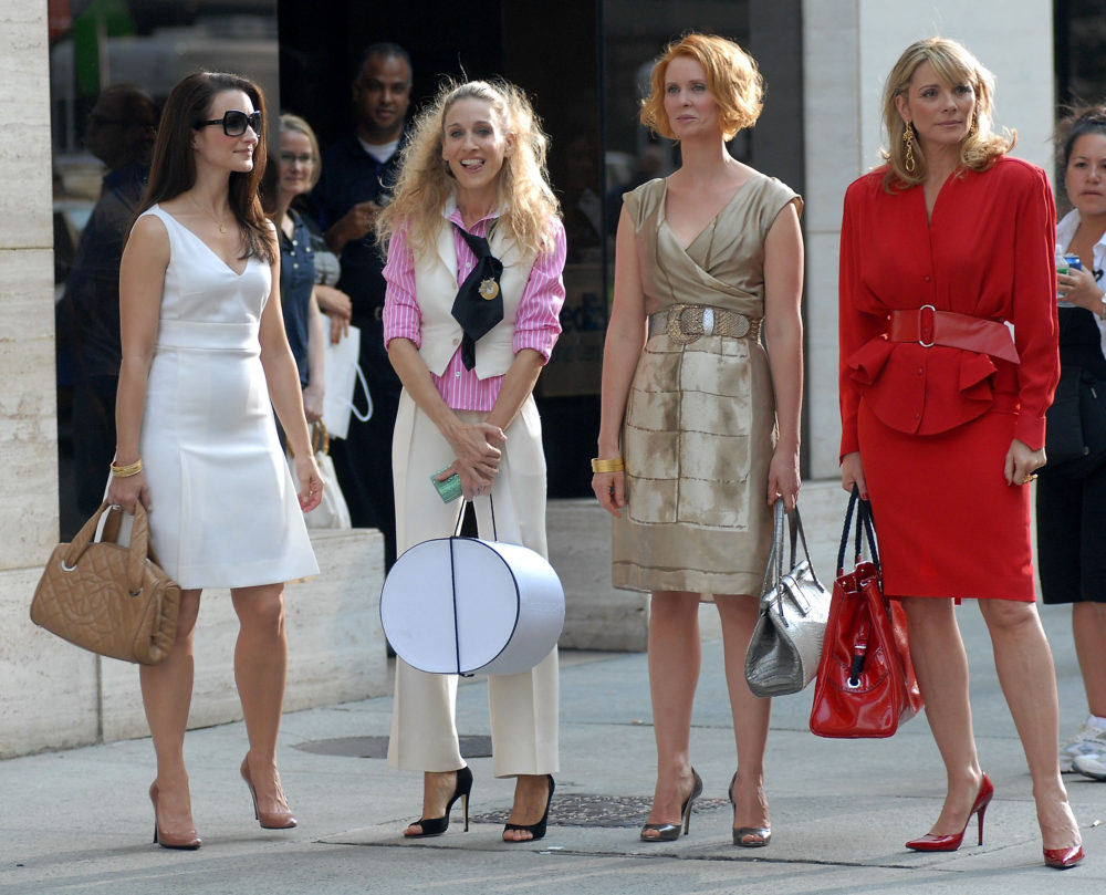 "Kristin Davis, Sarah Jessica Parker, Cynthia Nixon and Kim Cattrall on Location for ""Sex and the City: The Movie"" - September 21, 2007"