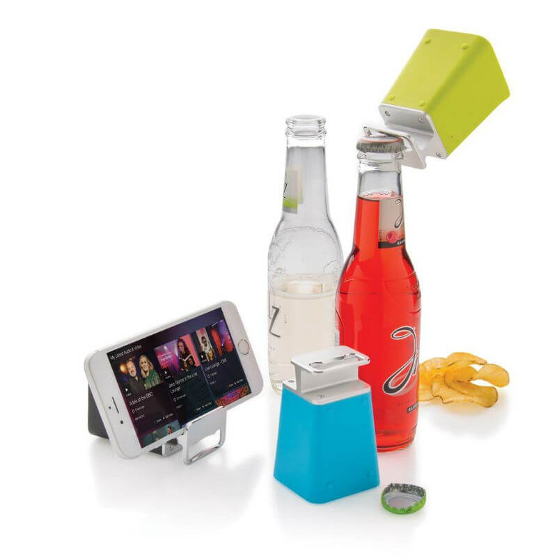Altavoz-abrebotellas con bluetooth.