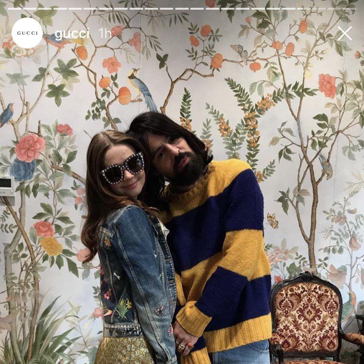 Jessica Barden y Alessandro Michele