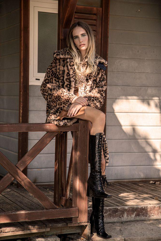 Brisa Fenoy para la revista Intimately Magazine
