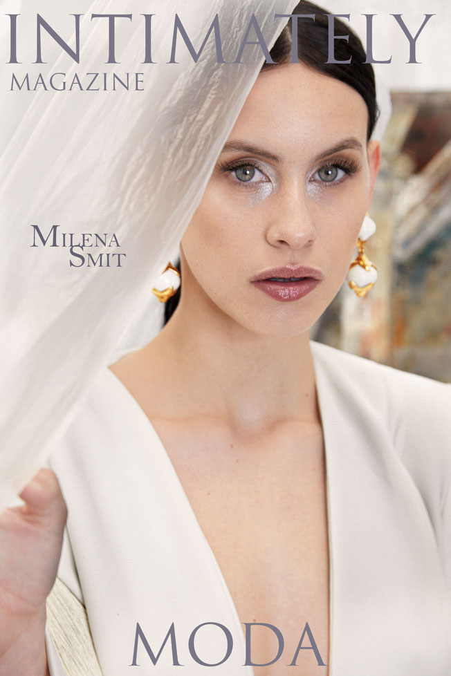 Milena Smit-Portada Intimately Magazine